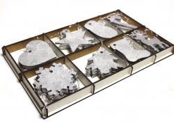 Gümüş Rengi Yılbaşı Ağacı Süsü 8 Model Ahşap Kutuda, 32 Adet