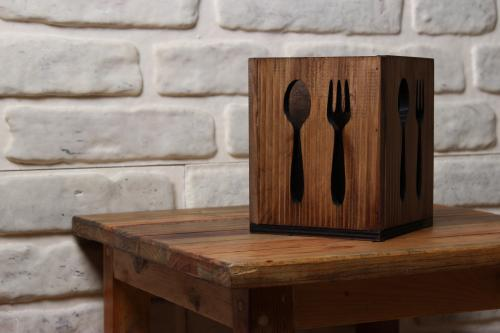 HK Mutfak Fiora Ahşap Çatal Kaşık Bıçak Kutusu